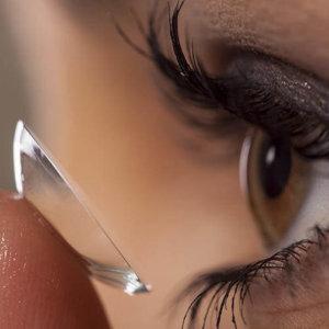 Как носить контактные линзы при коронавирусе